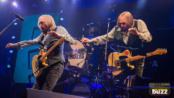 Concert Photos - Tom Petty & The Heartbreakers at the TD Boston Garden
