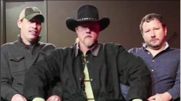 Tige and Daniel Tiny Couch - Tiny Couch Interview with Trace Adkins