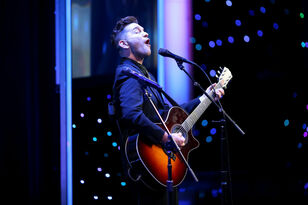 "Watch Andy Grammer's Beautiful Acoustic Version Of ""Give Love"""