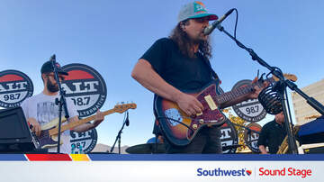 ALT 98.7 Penthouse Performances - The War On Drugs Performs On The Southwest Sound Stage At The ALT Penthouse