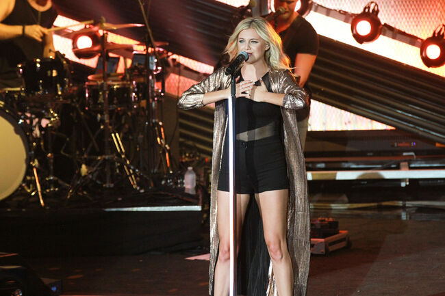 Kelsea Ballerini: Photo by Dave Barnhouser 13th Hour Photography for Merriweather Post Pavilion