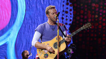 Photos - Coldplay at Soldier Field | August 18, 2017