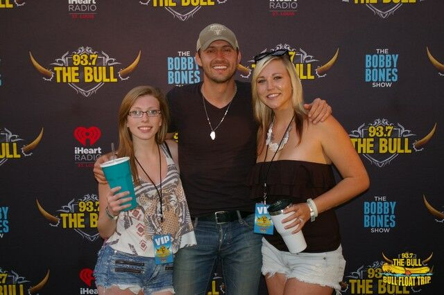 Photos bull float meet n greet drew baldridge luke combs 937 continue gallery m4hsunfo