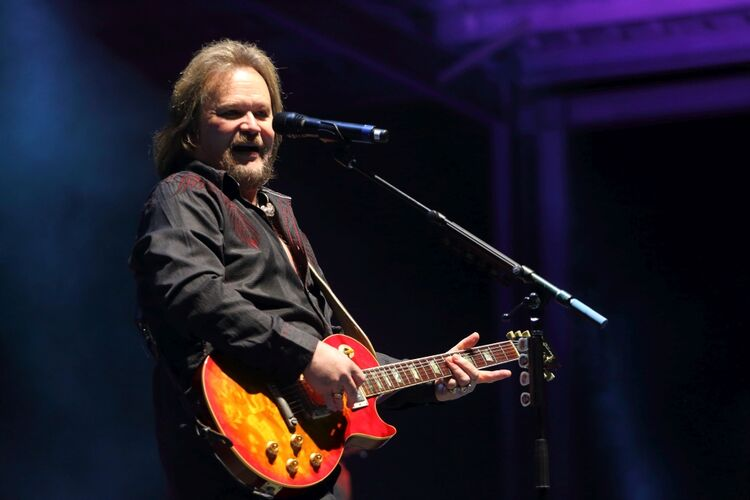Travis Tritt at Country Jam
