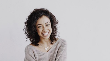 KIIS Campus - Liza Koshy Becomes Fan's Real-Life BFF