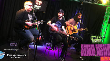 Radio 104.5 Studio Session CDs - Studio Sessions Vol. 9 - Track 10: Band of Horses - Casual Party