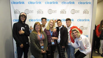 Performance Lounge - PRETTYMUCH Performs