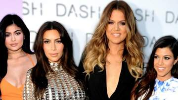 D Scott - These Might Be The Most Kardashian Pics Ever!