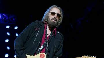 MJ - Tom Petty Reportedly Pulled Off Life Support