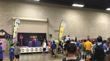 Photos - LA Clippers Fan Fest at Hawaii Convention Center 9.30.17