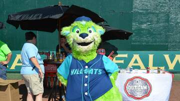 Photos - Slobberstock and Lynchburg Hillcats QBR Photos!