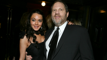 On The Move with Enrique Santos Blog (58577) - Lindsay Lohan Defends Harvey Weinstein, Prompts Explosive Twitter Responses