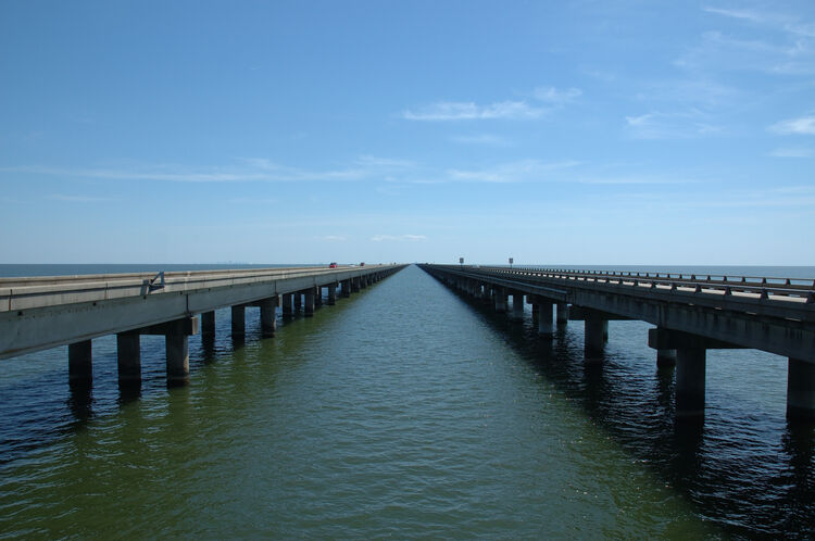 Lake Pontchartrain Causeway Bridge Getty RF