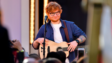On The Move with Enrique Santos Blog (58577) - Here's Your Chance To Win A T-Shirt Designed And Signed By Ed Sheeran