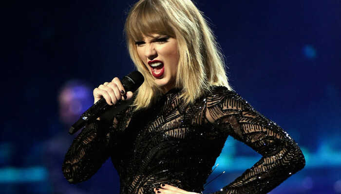 Watch Taylor Swift Write 'Gorgeous' In New Behind-The-Scenes Video on STAR 94.1