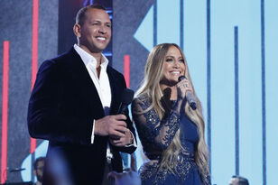 Apparently, Alex Rodriguez Wanted To Date Jennifer Lopez In 1998