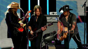 iHeartCountry Festival - Watch Jason Aldean, Keith Urban & More Country Stars Tribute Tom Petty