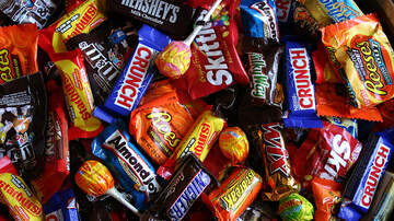 Mike Salois - Where To Get Discounts On Halloween Candy This Year
