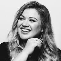 Kelly Clarkson Shares Backstory Behind Her Unique 'What A Girl Wants' Cover