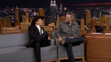 Premiere Country News - Jimmy Fallon Serenades Blake Shelton With New Single 'I'll Name the Dogs'