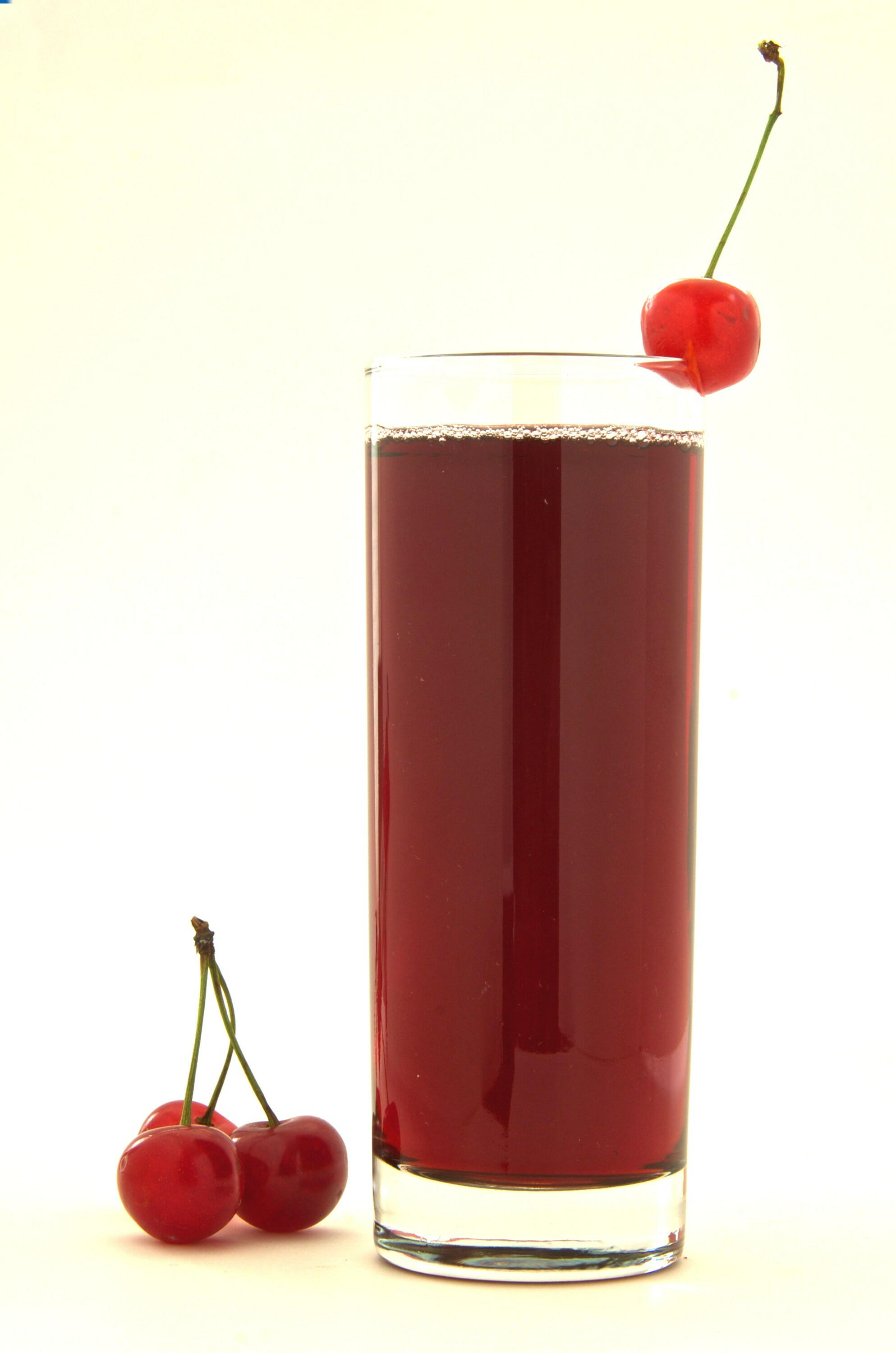 picture Cherry Juice: Drink Cherry Juice to Cure Sore Muscles