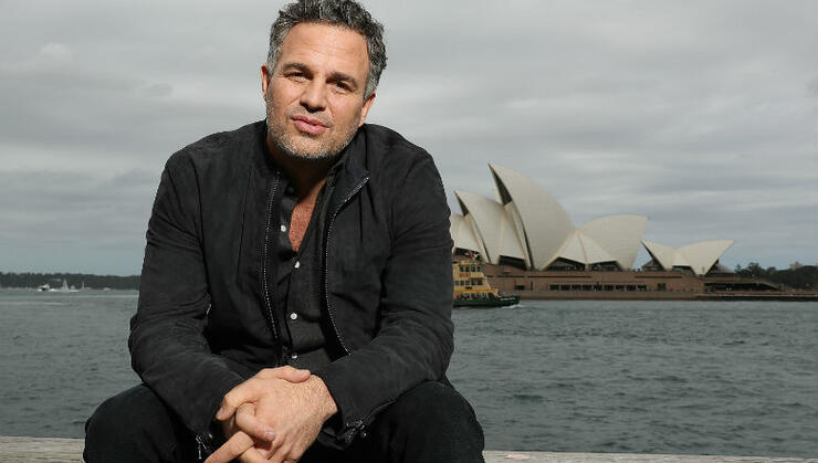 Let S Talk About Mark Ruffalo S Shirtless Throwback Photo For A Quick Sec Iheartradio