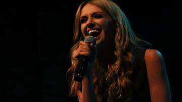 Fall Country Nights - Carly Pearce Performing at Fall Country Nights