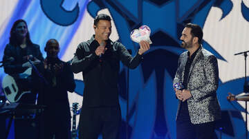 iHeartRadio Fiesta Latina - Ricky Martin Honored With iHeartRadio Premio Corazon Latino Award