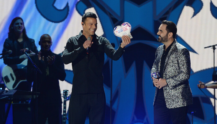 Ricky Martin Honored With iHeartRadio Premio Corazon Latino Award on STAR 94.1