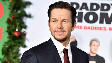 Interviews - Mark Wahlberg Says Movie With Justin Bieber Could Still Happen