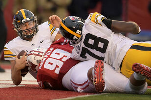 All Access: Wisconsin 38, Iowa 14