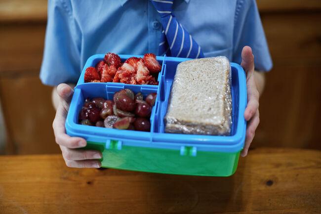 School Lunch Getty RF