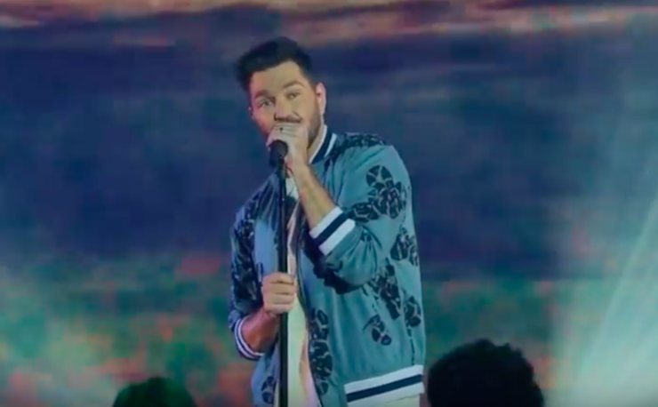 Andy Grammer Premieres Live Music Video for 'Smoke Clears