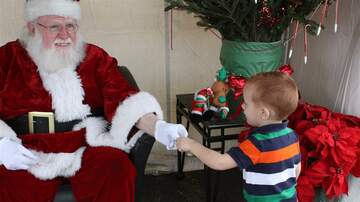 Photos - Toy Hill Weekend - Santa Photos (Gallery 2)