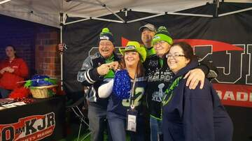 Photos - Seahawks Tailgate at Showbox SODO