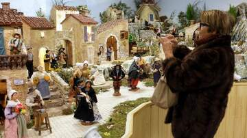 Holidays - A Record Breaking Nativity Scene Is Taking Over A Town For The Holidays