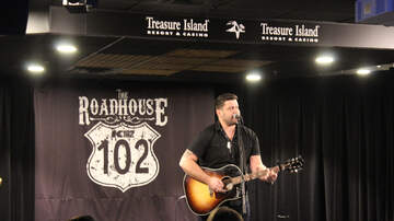 The K102 Roadhouse - PHOTOS: Josh Gracin in the K102 Roadhouse