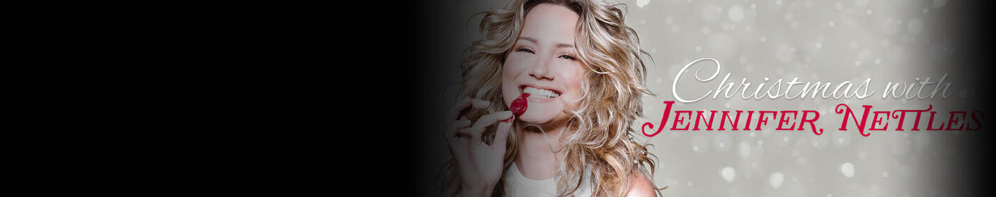 See Photos from the Jennifer Nettles Concert!