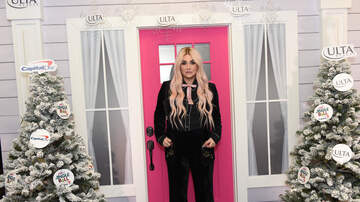 Jingle Ball - Kesha #KISSFMJingleBall Meet and Greet!