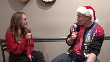 WPOC Acoustic Christmas - Rapid Fire Christmas Questions with Danielle Bradbery