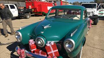 HSV Holiday Hub - Arab Christmas Parade | December 6th