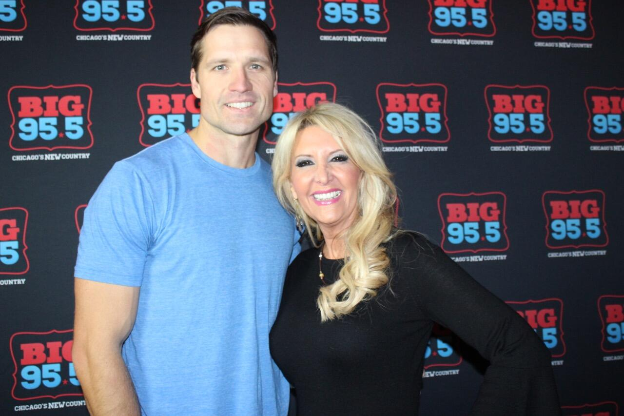 Walker hayes big country christmas meet and greet big 955 kristyandbryce Choice Image