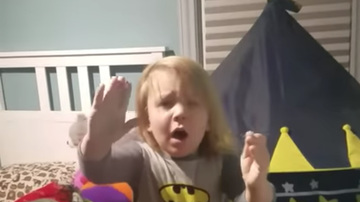 Weird News - Toddler Who Sneaks Out Of Bed Gets The Scare Of His Life