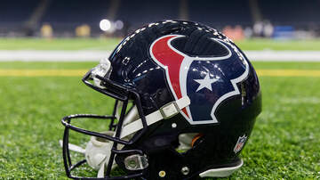Sports Desk - Texans Facing Colts Sunday