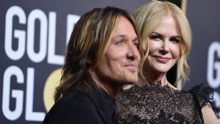 Watch Keith Urban Serenade Nicole Kidman with 'Parallel Line'