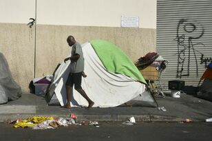 Temporary trailers for homeless planned in Los Angeles