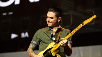 "ALTer EGO - Dashboard Confessional Perform New Track ""Heart Beat Here"" at ALTer EGO"