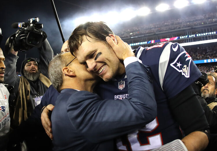 FOXBOROUGH, MA - JANUARY 21: Tom Brady #12 of the New England Patriots celebrates after winning the AFC Championship Game against the Jacksonville Jaguars at Gillette Stadium on January 21, 2018 in Foxborough, Massachusetts. (Photo by Elsa/Getty Images)
