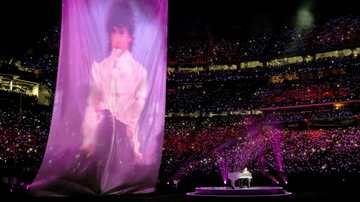 Super Bowl - Apparently, Justin Timberlake Nixed The Prince Hologram At The Last Minute