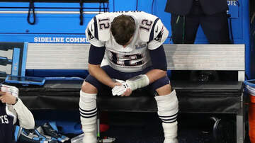 Super Bowl - Twitter Loves Sad Tom Brady